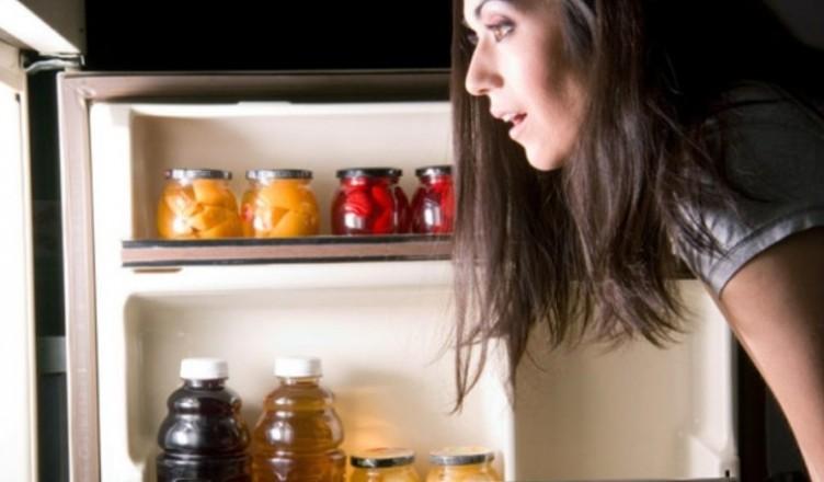 alimentele-pe-care-le-poi-manca-noaptea-fara-ca-sa-te-ingrasi-770x428