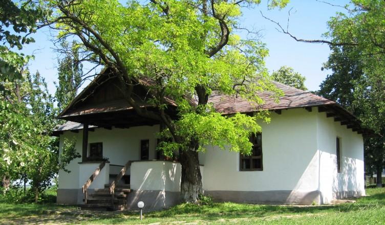 Casa_memorială_Mihai_Eminescu_din_Ipoteşti