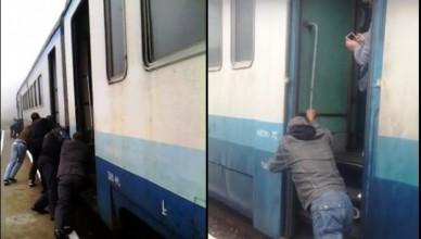 поїзд-300x353