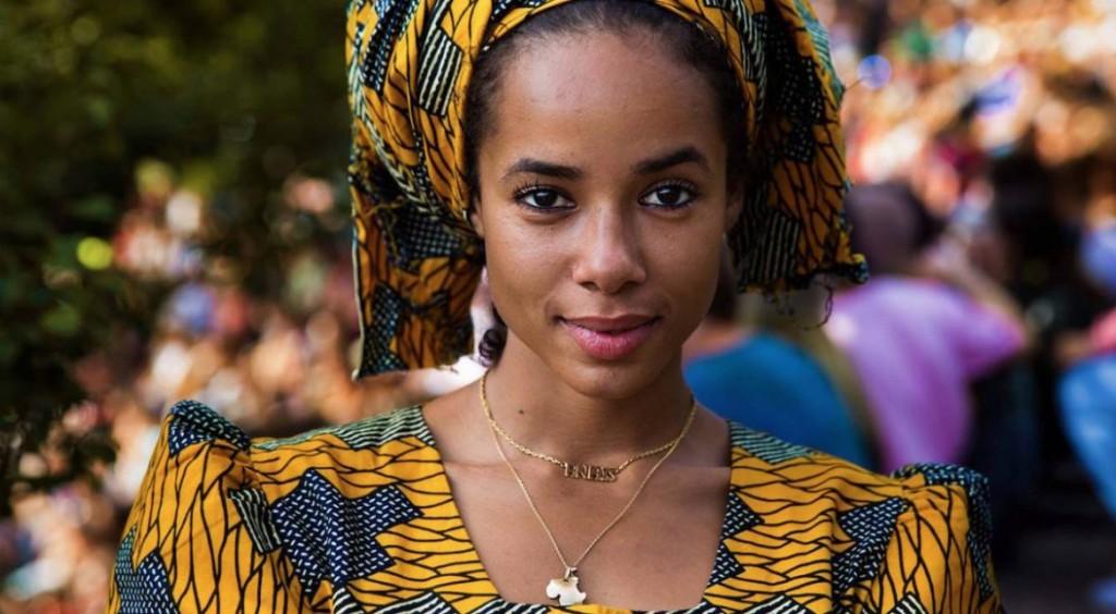 Anais-a-fost-fotografiată-în-Berlin-unde-locuiește-însă-ea-s-a-născut-în-Franța-având-o-mamă-de-origine-malaeză-și-un-tată-francez-fotografie-realizată-de-Mihaela-Noroc-1170x644