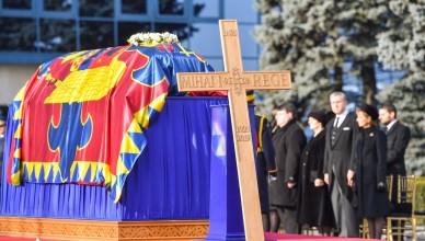 Case-REgale-prezente-la-funeralii-Regelui-Mihai-I-al-României
