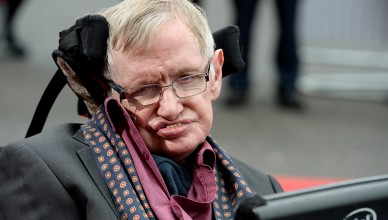"""LONDON, ENGLAND - MARCH 30:  (SUN NEWSPAPER OUT. MANDATORY CREDIT PHOTO BY DAVE J. HOGAN GETTY IMAGES REQUIRED)  Stephen Hawking attends """"Interstellar Live"""" at Royal Albert Hall on March 30, 2015 in London, England.  (Photo by Dave J Hogan/Getty Images)"""