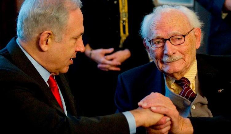 Israeli Prime Minister Benjamin Netanyahu honours Johan van Hulst (R) for his resistance work in World War Two in The Hague January 19, 2012.  REUTERS/Paul Vreeker/United Photos (NETHERLANDS - Tags: POLITICS CONFLICT) (Newscom TagID: rtrlfive010904.jpg) [Photo via Newscom]