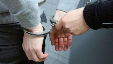 handcuffs-2102488_1280-970x542.37badbfe9db774317da9ab8e8b6a6b1a