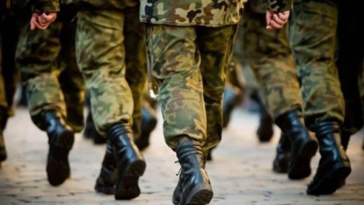 soldati-militari-armata-razboi.jpg.