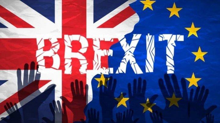 brexit_90758500_73211900_45373200