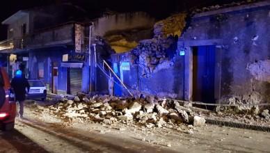Crolli a nord di Catania dopo il terremoto di magnitudo 4.8 di questa notte. ORIETTA SCARDINO / ANSA