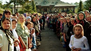 manastirea-vorona-hram_tudorel-rusu-8_w1000_h662_q100