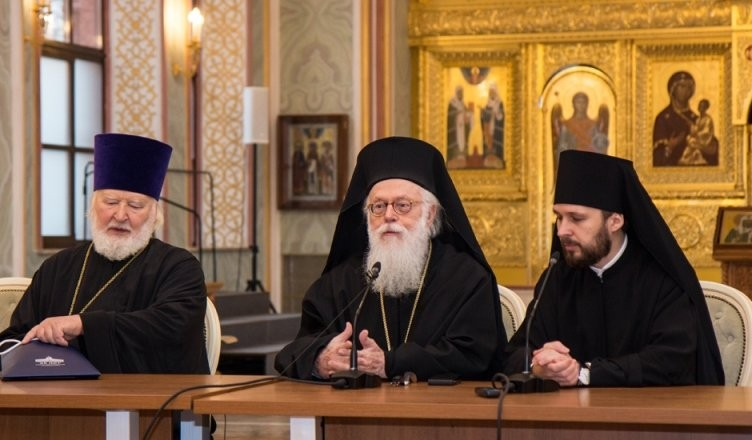 1552101577_albanskij-sinod