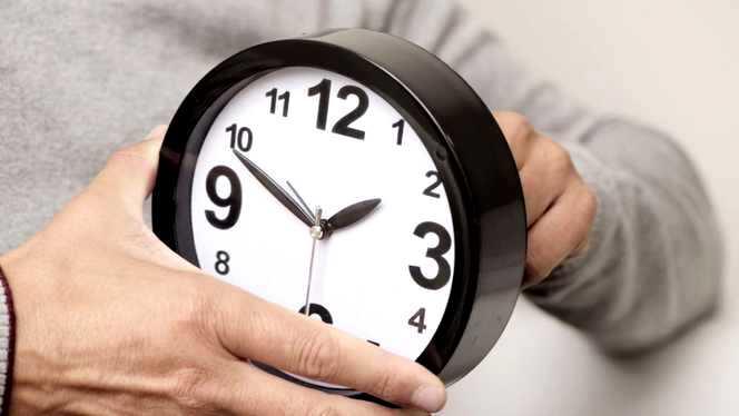 parlamentul-european-rediscuta-renuntarea-la-schimbarea-orei-de-vara-cand-se-da-ora-inainte-pentru-ultima-data-3