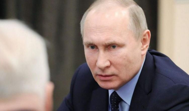Putin-spune-ca-e-pregatit-sa-restabileasca-complet-relatiile-cu-Ucraina-Reactia-presedintelui-rus-despre-acordarea-cetateniei-ruse-in-estul-Ucrainei-56538-1556255373