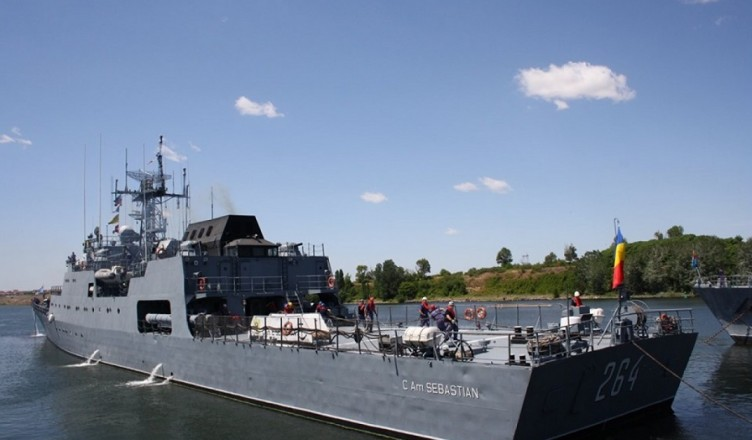 nava-militara
