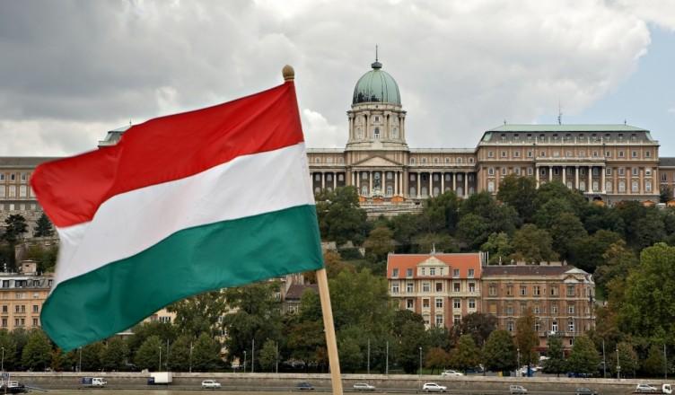 ungaria-parlament