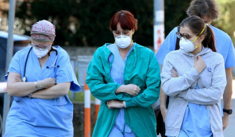 coronavirus mascherine medici infermieri 5895d9