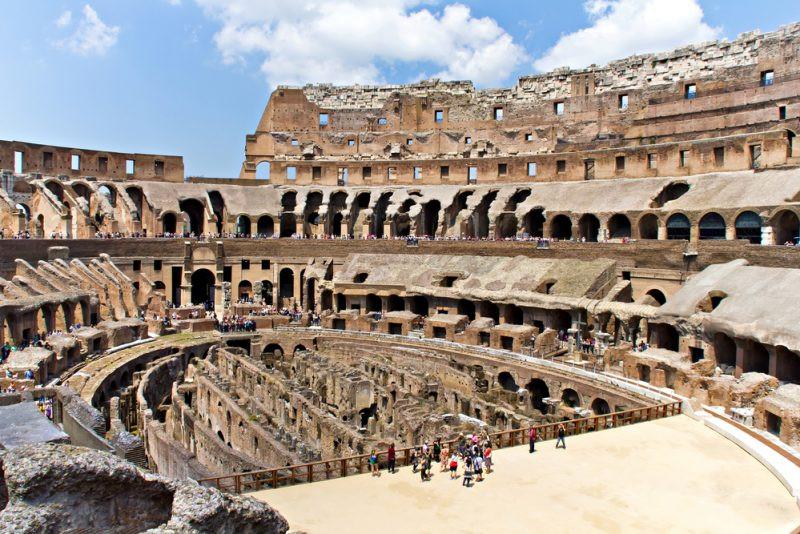 Colosseum-Alena-Stalmashonak-Shutterstock-800x534