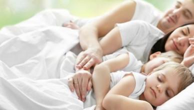 World-Sleep-Day-2017-Sleeping-Family-Picture-696x297